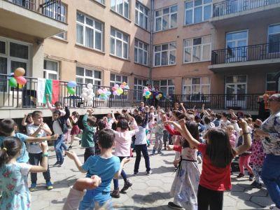 Празник на двора по случай 24 май - ден на славянската писменост и култура - ДГ №19 Света София, Лозенец